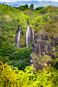 The beauty of Wailua Falls near Lihue