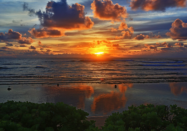 Sunrise near Lihue