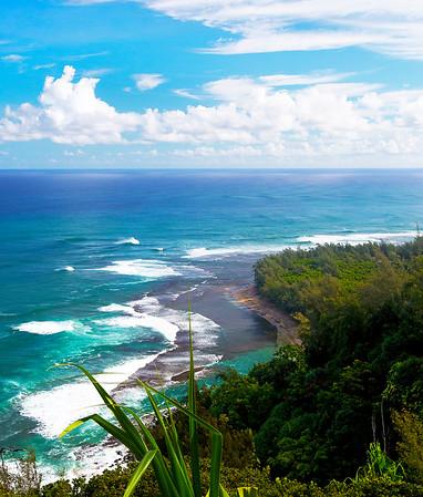 View from the Napali Coast trail above Ke'e Beach
