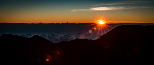 A beautiful sunrise from 10,000' Mt Haleakala