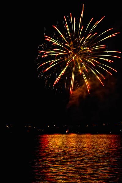 Indianola Fireworks 130