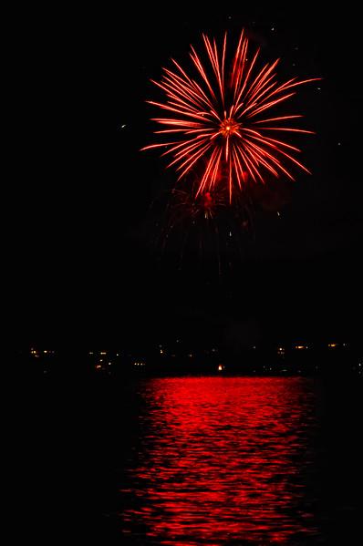 Indianola Fireworks 175