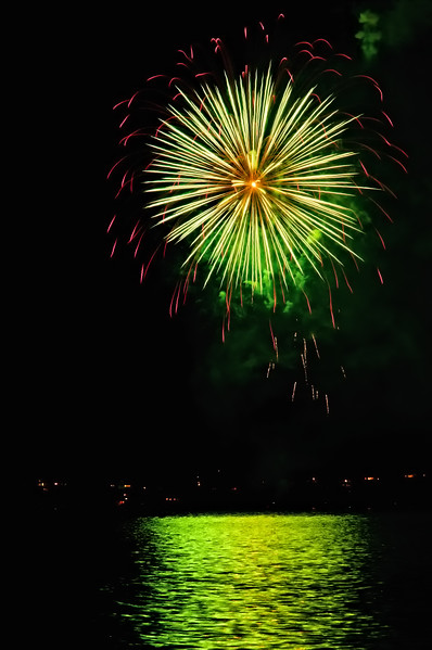 Indianola Fireworks 170