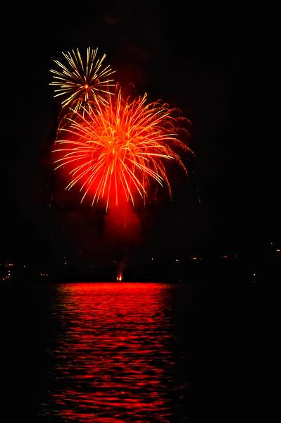Indianola Fireworks 208