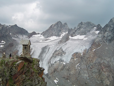 Alpi 9