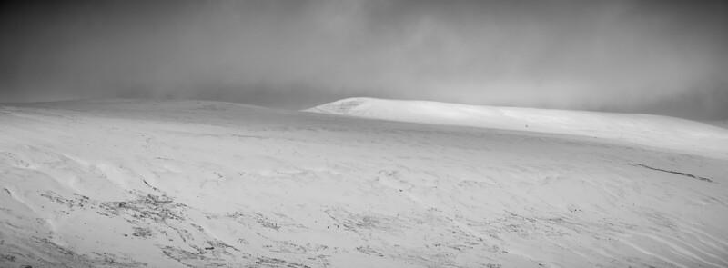Snow on Great Shunner Fell