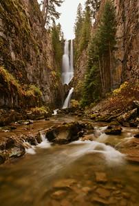 Secret Falls (vertical)