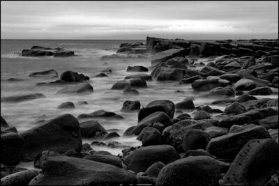 27-11-2007 16-00-27 Parton shore 0059 bw