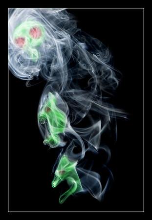 19-12-2007 12-24-23 smoke 0224