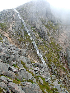 A remarkable quartzite streak on Ben Starav