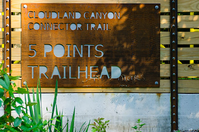 5 points trailhead signage