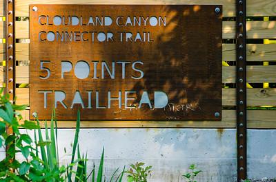 5 points trailhead signage
