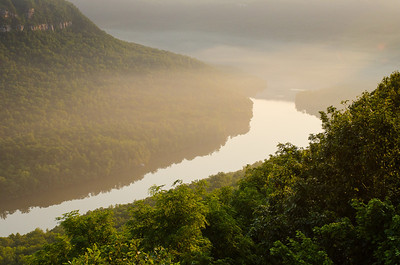 First light in the Tennessee River Gorge