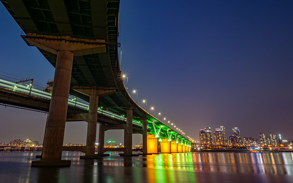 Yeongdong Bridge at Night