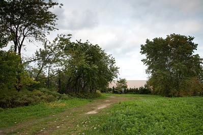 Path towards storage facility