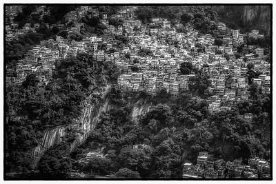 Favelas a beira mar-BW-12