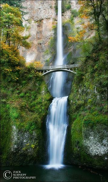 "<font color=""#FFFFFF"" size=""4"" face=""Verdana, Arial, Helvetica, sans-serif"">Multnomah Falls Autumn</font><br> Columbia River Gorge, Oregon"