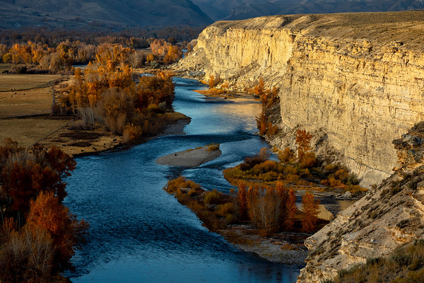 Autumn Along the Salmon River Cliffs