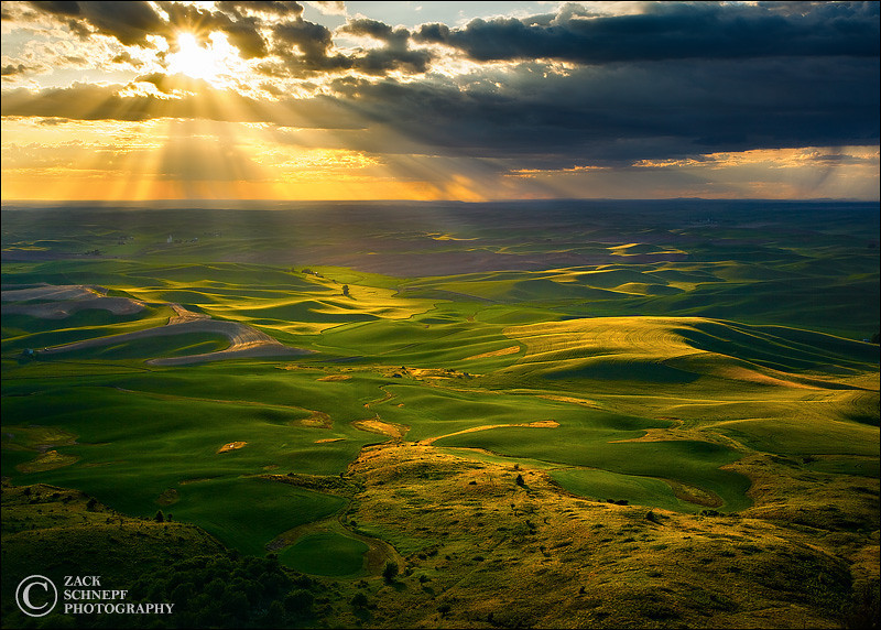 "<font color=""#FFFFFF"" size=""4"" face=""Verdana, Arial, Helvetica, sans-serif"">Golden Rays Over the Palouse</font><br> Palouse, Washington"