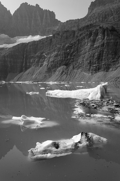 Icebergs, Upper Grinnell Lake