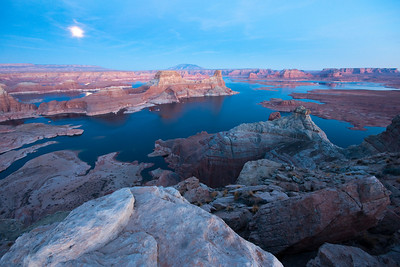 Full moonrise over Lake Powell