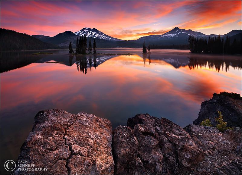 "<font color=""#FFFFFF"" size=""4"" face=""Verdana, Arial, Helvetica, sans-serif"">Strawberry Sunrise</font><br> Sparks Lake, Oregon"