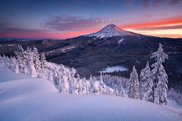 "<font color=""#FFFFFF"" size=""4"" face=""Verdana, Arial, Helvetica, sans-serif"">Mt Hood Majesty</font><br> Mt. Hood, Oregon"