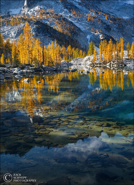 "<font color=""#FFFFFF"" size=""4"" face=""Verdana, Arial, Helvetica, sans-serif"">Enchantment Lakes</font><br> Enchantment Lakes, Washington"