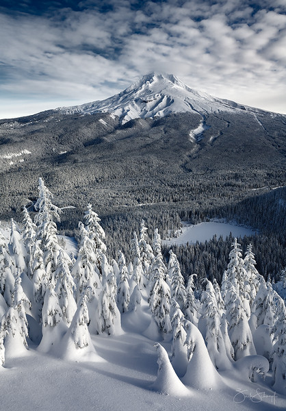 "<font color=""#FFFFFF"" size=""4"" face=""Verdana, Arial, Helvetica, sans-serif"">Mt Hood Powder Morning</font><br> Mt. Hood, Oregon"