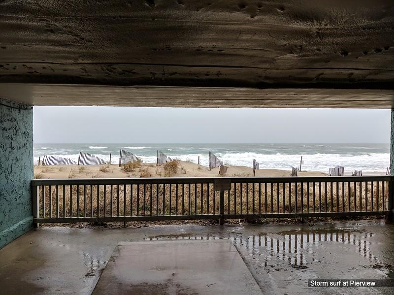 Storm surf at Pierview