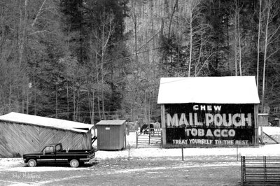 Chew Mail Pouch Tobacco Barn
