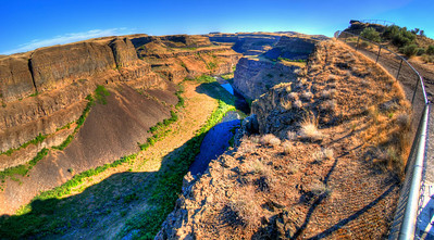 DSC_8353_palouse_falls_canyon_1