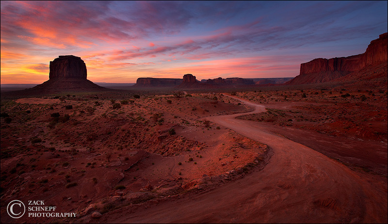"<font color=""#FFFFFF"" size=""4"" face=""Verdana, Arial, Helvetica, sans-serif"">Monument Valley Road</font><br> Monument Valley, Utah"
