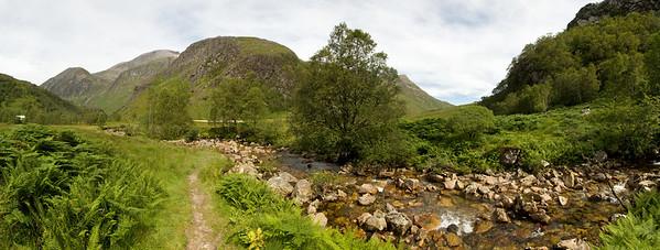 25.07.2011, Schottland, die Highlands suedwestlich von  Fort William. Eine Wanderung in der Ben Nevis- Gebirgsregion.