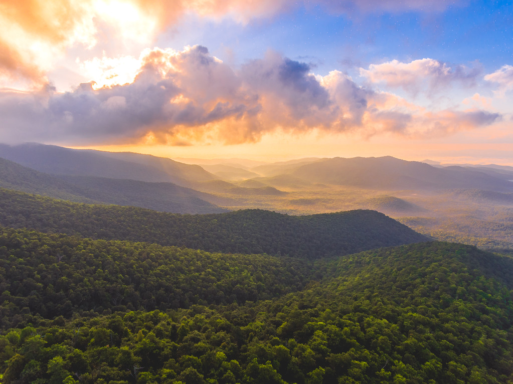 Sunrise spilling over the hills! Woke up early this morning in Asheville and went back up Mount Pisgah with @Craig_VG to catch the sunrise, ending up with a beautiful view of the sunrise from just over 4,800 feet up on the mountainside. @DJIGlobal #Phantom4 #HDR Photo Mode