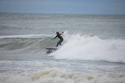 Surfers-50