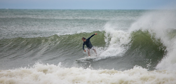 Surfers-70