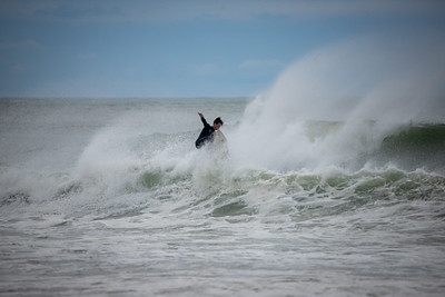 Surfers-48