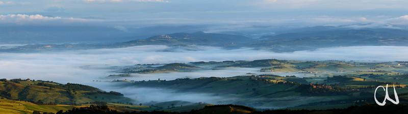 Maremma Panorama, Blick von Castiglioncello Bandini nach Westen, Sonnenaufgang, Toskana, Italien