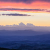 Sonnenuntergang, letztes Licht, blaue Stunde, Hügellandschaft, Alta Maremma, bei Monticello Amiata, Toskana, Italien
