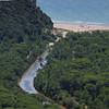 Entwässerungskanal und Sandstrand im Naturpark Maremma, Parco Naturale della Maremma, bei Alberese, Provinz Grosseto, Toskana, Italien