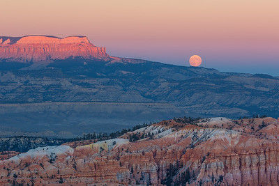 Full moon rising over Bryce Canyon.