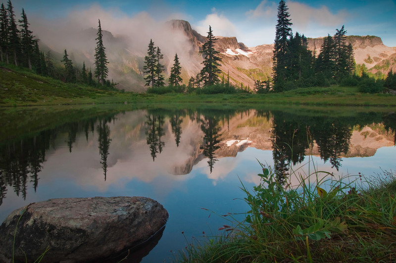 Table Top Mountain Reflection<br /> Mt. Baker-Snoqualmie National Forest