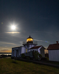 Moonrise at Point No Point lighthouse, while waiting for lunar eclipse to begin.