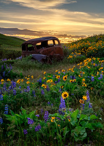 "Sunset at the ""rusty car"" in Dalles Mountain Ranch."