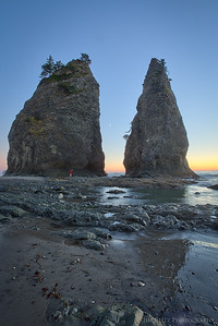 Split Rock sea stacks on Rialto Beach, in Olympic National Park.