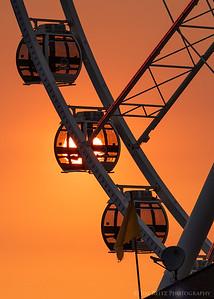 Gondola sunset - Seattle Great Wheel.