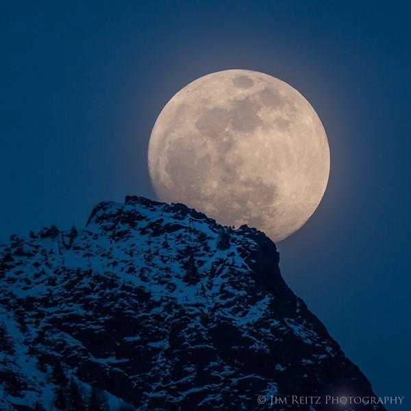 Moon Summit