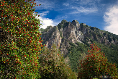 Mount Si on a rare sunny day in late autumn
