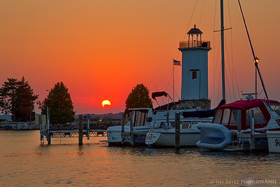 Sunset at the Fond du Lac, Wisconsin lighthouse